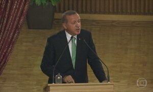 Presidente da Turquia estende período em que suspeitos podem ficar presos
