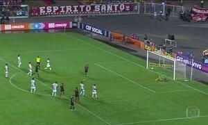 Flamengo vence América-MG e fica perto do G4 no Brasileirão