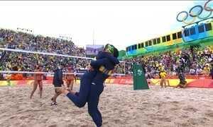 Agatha e Bárbara vencem dupla chinesa no vôlei de praia