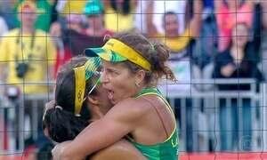 No vôlei de praia, Brasil tem duas duplas femininas nas quartas-de-final