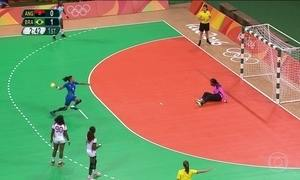 Brasil se classifica para as quartas de final no handebol feminino