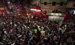 Ouro no boxe, Robson Conceição é recebido com festa em Salvador