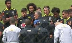 Seleção faz primeiro treino no Equador no comando de Tite