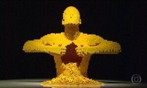Exposição em SP tem esculturas feitas com milhões de peças de lego