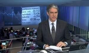 Brasil fecha quase 34 mil postos de trabalho com carteira assinada em agosto