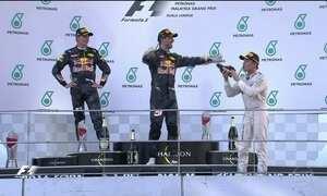 RBR faz dobradinha no GP da Malásia de Fórmula 1