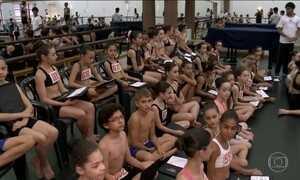 Balé Bolshoi faz testes para seleção de dançarinos em Santa Catarina