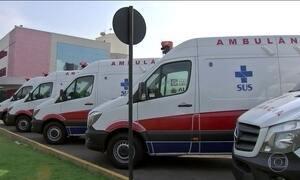 Mais de 60 ambulâncias novas estão paradas há dois meses em Cuiabá