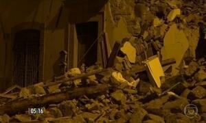 Novos terremotos voltam a preocupar a população da região central do país