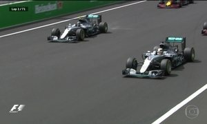 Lewis Hamilton vence o GP do México e adia decisão da Fórmula 1