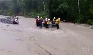 Costa Rica registra nove mortos após passagem do furacão Otto