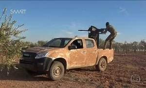 Tropas de Assad avançam na área dominada por rebeldes em Aleppo