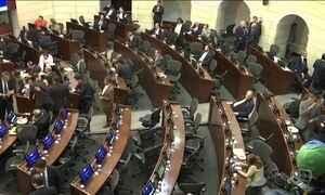 Congresso da Colômbia aprova segundo acordo de paz com as Farc