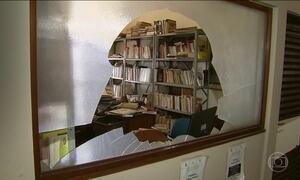 Estudantes depredam prédios da Universidade Federal de Pernambuco
