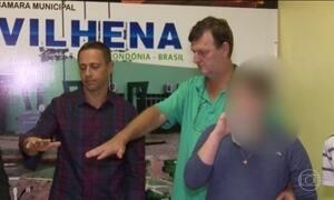Vereadores que estão presos tomam posse em Vilhena, RO