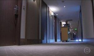 Hotéis e restaurantes mais contrataram do que demitiram