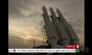 Irã faz exercício militar em resposta às sanções impostas pelos EUA