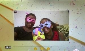Veja fotos de foliões que vão curtir o Carnaval com as máscaras do Hora 1