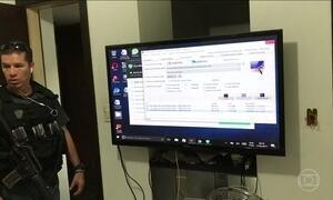 Oito pessoas sao presas por crimes virtuais no Rio