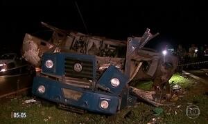 Quadrilha explode carro forte em Barrinha (SP)