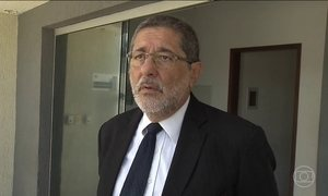 Ex-presidente da Petrobras presta depoimento na Lava Jato
