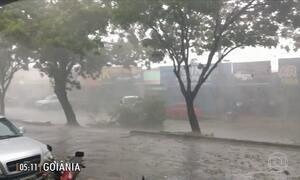Ventos e chuva de granizo provocam estragos em GO