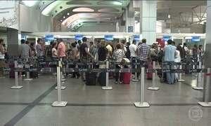Aeroportos que serão concedidos vivem abarrotados