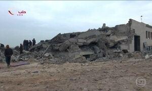Ataque aéreo a mesquita na Síria mata 42 pessoas