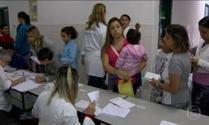 Dois terços dos municípios do RJ já estão vacinando contra a febre amarela