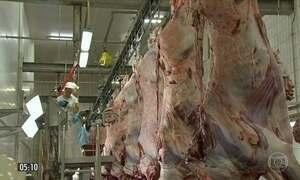 JBS suspende a produção de carne bovina em 33 unidades da empresa