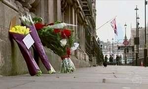 Dez suspeitos estão presos em conexão com o atentado próximo ao parlamento