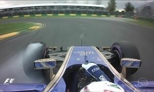 Tricampeão mundial Lewis Hamilton larga na frente no Grande Prêmio da Austrália