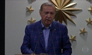 Oposição da Turquia contesta plebiscito que amplia poder do presidente