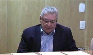 Delações revelam que Rodrigo Maia e o pai dele, César Maia, também receberam propina