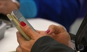 Brasil vai alcançar este ano a marca de um smartphone por habitante