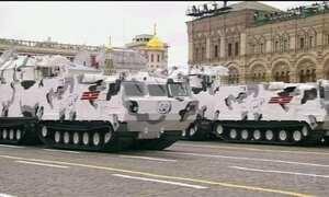 Rússia celebra com desfile militar os 72 anos do fim da Segunda Guerra Mundial