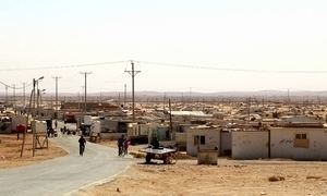 Sírios transformam campo de refugiados em cidades