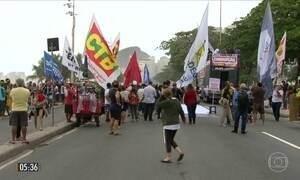 Manifestantes pedem a saída de Michel Temer e eleições diretas em 19 estados e no DF