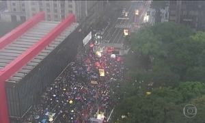 Manifestantes pedem saída de Temer e eleições diretas em protestos pelo país