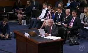 Secretário de Justiça dos EUA fala pouco em depoimento ao Comitê do Senado
