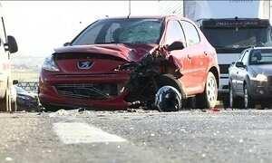 Feriado prolongado já registrou 35 mortes e 580 feridos nas estradas do país