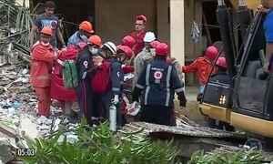 Desabamento de prédio deixa dois mortos em Garanhuns (PE)