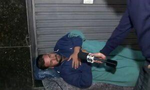 Gaúcho dorme nas ruas do Rio de Janeiro em busca de emprego e do pai