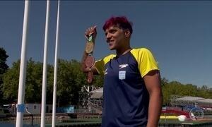 Ana Marcela Cunha ganha o ouro no Mundial de Esportes Aquáticos