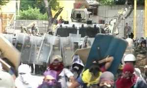 Homem morre em confronto com a polícia em protesto na Venezuela