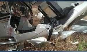 Avião pequeno cai em Luziânia, Goiás; piloto está grave