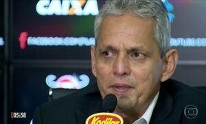 Flamengo apresenta Reinaldo Rueda como novo técnico do time