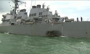 Dez marinheiros americanos estão desaparecidos após acidente com navio de guerra