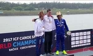 Isaquias Queiroz ganha medalha de bronze no mundial de canoagem