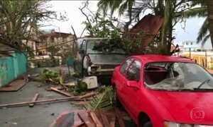 Porto Rico ficou totalmente destruído após furacão Maria, diz Trump